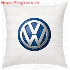 Подушка с вышитым логотипом VOLKSWAGEN в салон автомобиля, размер и цвет выбирайте в опциях