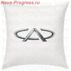 Подушка с вышитым логотипом CHERRY в салон автомобиля, размер и цвет выбирайте в опциях