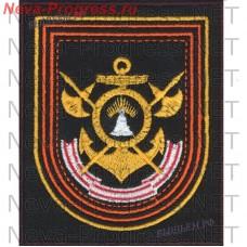 Нашивка 7 гвардейской бригады кораблей охраны водного района Кольской флотилии разнородных сил СФ  на повседневную форму на черном сукне
